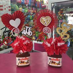 Creaciones D'encantos C.A. (@dencantos) | Instagram photos and videos Valentine Day Love, Valentine Crafts, Valentines, Valentine Baskets, Valentine Bouquet, Chocolate Bouquet, Candy Bouquet, Love Gifts, Small Gifts