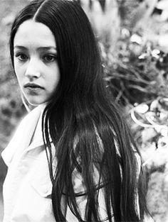 Olivia Hussey from Romeo and Juliet <3 Love her simple makeup and hair!!