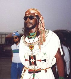 Peter Tosh was the first reggae artist invited to address the UN on issues of apartheid Dancehall Reggae, Reggae Music, Rasta Music, Black Music Artists, Bob Marley Pictures, Famous Legends, Jah Rastafari, Peter Tosh, Reggae Artists