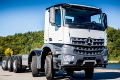 Design Mercedes Benz Arocs Extreme Operations Five Axles Trailing Axle Steered - InnerMobil Mercedes Truck, Mercedes Benz, Daimler Ag, New Trucks, Rigs, Design, Commercial Vehicle, Earn Money, Wedges
