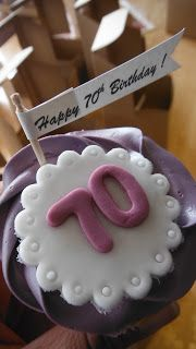 Pretty 70th Birthday Cupcakes A Flag Is Great Way To Personalized Ordinary Quickly