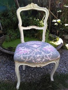 ancienne chaise rocaille