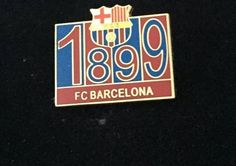 BARCELONA FOOTBALL CLUB METAL PIN BADGE EXCELLENT CONDITION