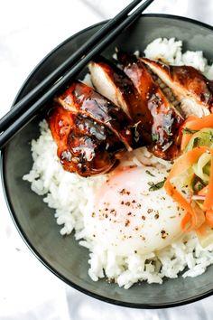 Sous Vide Teriyaki Chicken Bowl Chicken Teriyaki Rezept, Teriyaki Sauce, Teriyaki Bowl, Joule Sous Vide, Dinner Games, Sous Vide Cooking, Sous Vide Slow Cooker, Quinoa, Homemade Pickles