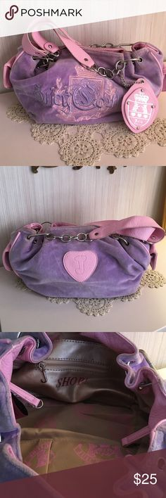 JUICY COUTURE BAG 💕 Super Girly Juicy Couture Bag !! So sweet, has some wear on the side pocket, nice and clean on the inside. Material is in good shape..., it's so soft. Really cute bag. 💕 Juicy Couture Bags Shoulder Bags