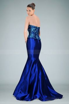 Stunning Strapless Royal Blue Evening Gown Featuring Shining Beads. The electric blue color just ravishes the eye
