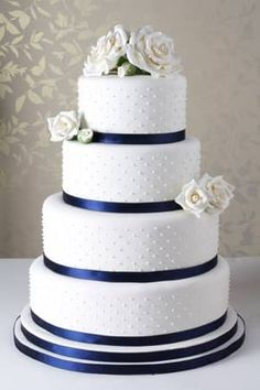 Image result for navy blue and ivory wedding cake buttercream