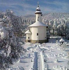 Manastirea Varatec, Romania The Beautiful Country, Beautiful World, Wonderful Places, Beautiful Places, Amazing Places, Turism Romania, Romanian Flag, Sacred Architecture, Holiday Accommodation