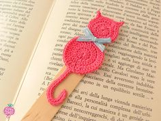 Crochet bookmark Pink cat by RavaNelloShop on Etsy