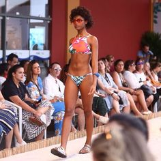 Divertido e ultra colorido o resort da @salinasrio trouxe para a passarela do @vesterio estampas florais tropicais babados fun e até óculos de sol com lentes vibrantes hit absoluto entre as fashionistas. (Fotos: @robertofilho_profissional / Beleza: @silviogiorgio / Direção: @billmacintyre / Casting: WAY e 40 Graus) #vesterio #salinas  via VOGUE BRASIL MAGAZINE OFFICIAL INSTAGRAM - Fashion Campaigns  Haute Couture  Advertising  Editorial Photography  Magazine Cover Designs  Supermodels…