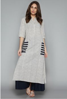 Utsa by Westside Indigo Checks Kurta Pakistani Dresses, Indian Dresses, Indian Outfits, Kurta Patterns, Dress Patterns, Kurta Designs, Blouse Designs, Camisa Maxi, Ethnic Fashion