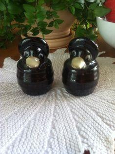Vintage Ducks In a Barrel Salt and Pepper Shakers