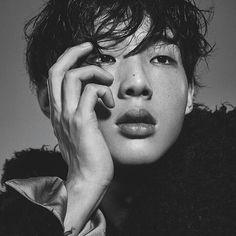 Ji Soo in L'Officiel Hommes Korea December 2016 Hot Korean Guys, Korean Men, Asian Men, Hot Guys, Asian Actors, Korean Actors, Asian Celebrities, Ji Soo Actor, K Drama
