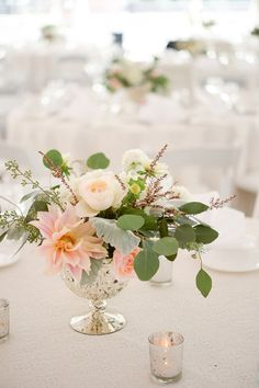 White, Ivory, Blush, Gray, Dusty Green, Sage Green. Soft, Romantic, Timeless, Classic, Elegant. Cocktail Hour, Centerpiece, Marriage, Wedding. Calcynia, Blushing Bride, Eucalyptus, Silver Brunia Berry / Berries, Dusty Miller, Garden Rose, Dahlia, Cafe au Lair Dahli