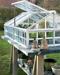 There is no more hurdle to know how to do greenhouse gardening? Greenhouse gardening is only possible in the best climatic conditions and weather variables.
