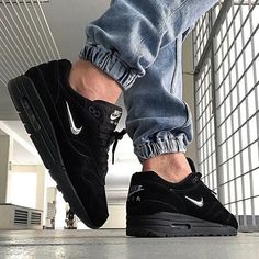 Moda Sneakers, Sneakers Mode, Best Sneakers, Casual Sneakers, Sneakers Fashion, Nike Sneakers, Air Max One, Sneaker Outfits, Nike Outfits
