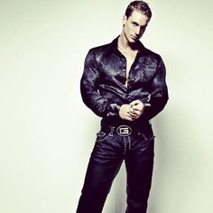 Black Satin Shirt, Leather Men, Leather Jacket, Black Suits, Menswear, How To Wear, Jackets, Shirts, Color