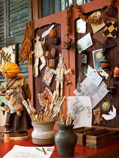 Take inspiration from a talented Halloween artist for collecting and displaying new or vintage Halloween decorations. Halloween Fairy, Halloween Lanterns, Vintage Halloween Decorations, Halloween Cards, Holidays Halloween, Happy Halloween, Halloween Projects, Halloween Town, Halloween Coloring
