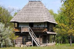 """Traditional houses in rural Romania (case traditionale romanesti) *** Upon arriving in her new home country in the young wife of Prince Carl of Romania noticed in her writings: """"Every R… Rural House, French Style Homes, Vernacular Architecture, Forest House, Cabin Homes, Beautiful Buildings, Eastern Europe, Traditional House, Old Houses"""