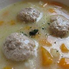 Erdélyi tárkonyos húsgombócleves | Nosalty Atkins, Cheeseburger Chowder, Tapas, Paleo, Soup, Eggs, Pudding, Breakfast, Desserts