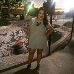 Look P&B para o happy hour com as gurias! TGIF! 👭🍻👭 #lookdadaphne #ootd #look #lookdodia #fashion #moda #style #happyhour #friends #friday #tgif #cheers #drinks #fashionblogger #fashionistas #lifeasdaphne