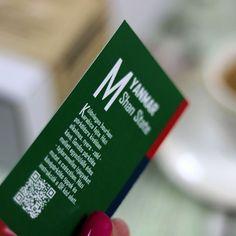 A Coffee Travel SPECIALTY KÁVÉVÁLOGATÁS ajándékdobozban KÁVÉISMERTETŐ füzetet is találsz! Fedezd fel mi kerül a csészédbe!  Keresd az idei év legmenőbb GASZTROAJÁNDÉK dobozát kávérajongóknak a webshopban a BIO alatti linken!  #amiértérdemesfelkelned #igykavezom . . . #érdekesség #jótudni #kávé #kávézás #mutimitiszol_coffee #mutimitiszol_kávé #kávészünet #kávészenvedély #kávézunk #kávéidő #eszpresszó #imadomakavet #szeretemakávét #kávérajongó #reggelikávé #kávémellé #filterkávé #presszó… Starbucks Iced Coffee, Coffee Bottle, Bourbon, Drinks, Bourbon Whiskey, Drinking, Beverages, Drink, Beverage