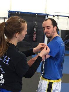 Saturday morning Muay Thai class with coach Katie. My buddy Alex ranking up! @theacademymn The Academy. Brooklyn Center, Minnesota. Muay Thai, BJJ, FMA, Judo, JKD, Self Defense, Mixed Martial Art www.theacademymn.com/ @mmaacombatzone #theacademymn #teamacademy #theacademy #martialarts #martialartsgyms