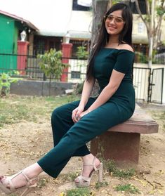 Jannat Zubair Rahmani is Indian One Of Cutest Actress and Tiktok Star Now. Jannat Zubair Rahmani Images Are So Cute And At Same Time Hot. Teen Actresses, Indian Actresses, Stylish Girl Pic New, Stylish Kids, Teen Celebrities, Look Street Style, Latest Pics, Latest Images, Hd Images