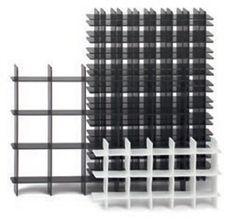 Gitterfacheinsatz aus Hohlkammerplatten von DE-PACK