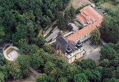 Mátraverebély-Szentkút Nemzeti Kegyhely – Wikipédia Hungary, Budapest, Adventure, Mansions, House Styles, Home Decor, Decoration Home, Manor Houses, Room Decor