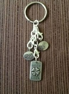 Great idea!  Use your locket extender, our favorite tag and make a keychain!  Love this!  www.angeladewine.origamiowl.com