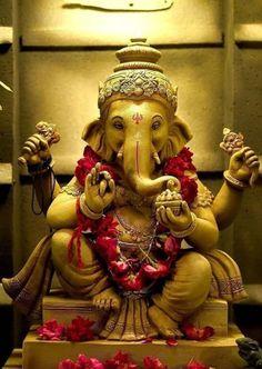Shri Ganesh, Ganesha Art, Ganesh Idol, Hanuman Pics, Hanuman Images, Ganesh Images, Lord Shiva Statue, Lord Shiva Pics, Indian