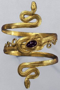 Gold Snake Bracelet with garnet, from the Greek-Hellenistic period, century BC. This is 1100 years after Aissa's story, but I thought that the Lady might have snake bracelets too. Ancient Jewelry, Antique Jewelry, Vintage Jewelry, Ancient Bracelet, Antique Lace, Snake Bracelet, Snake Jewelry, Snake Ring, Arm Bracelets