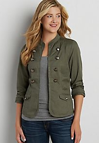 military blazer in olive green Blazer Outfits Casual, Cute Outfits, Look Fashion, Trendy Fashion, Green Jacket Outfit, Olive Green Blazer, Cardigans For Women, Plus Size Outfits, My Style