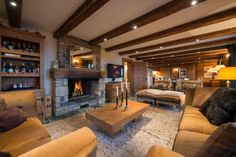 Get ski holiday and rent a chalet in one of the most prestige world ski resorts - Verbier in Swiss Alps. Chalet Corniche offers luxury accommodation for 9 people. Chalet Design, House Design, Ski Chalet, Villas, Swiss Alps Skiing, Location Chalet, Luxury Villa Rentals, Stylish Bedroom, Outside Living