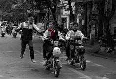 School kids by Boris Lopatin www.emporiumhanoi.com #photo #photography #Vietnam #Hanoi #everydayvietnam