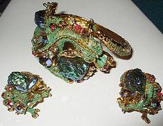 Researching Costume Jewelry History, Jewelry Marks, Fashion ...