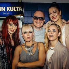 Johanna Kurkela @ Hartwall Arena with Anna Puu, Paula Vesala and Jenni Vartiainen Photo courtesy of Julius Konttinen Jenni, Finland, Hot Girls, Music, Beautiful, Photos, Musica, Musik, Muziek