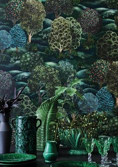This stunning Forest wallpaper by Cole and Son forms part of the Botanical Botanica Collection and features large scale hand painted trees along rolling green fields This. Cole And Son Wallpaper, 4 Wallpaper, Forest Wallpaper, Botanical Wallpaper, Pattern Wallpaper, Wallpaper Designs, Dark Green Wallpaper, Beautiful Wallpaper, Nature Wallpaper