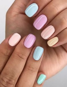 Faux Ongles Gel, Oval Acrylic Nails, Metallic Nails, Acrylic Art, Ten Nails, Nagellack Design, Nagellack Trends, Short Gel Nails, Basic Nails
