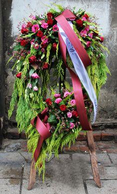 Grave Flowers, Funeral Flowers, Flower Drawing Images, Flower Images, Flower Room Decor, Casket Sprays, Funeral Flower Arrangements, Memorial Flowers, Funeral Memorial