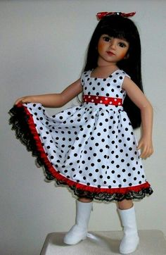 Dotty dress & hair bow for Maru & Friends dolls by Vintagebaby American Girl Outfits, American Girl Dress, American Doll Clothes, Baby Doll Clothes, Frocks For Girls, Kids Frocks, Dresses Kids Girl, Kids Outfits, Doll Outfits