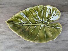 Soap dish Ceramic Bowl Ceramic Leaf Handbuilding by StudioRosalina