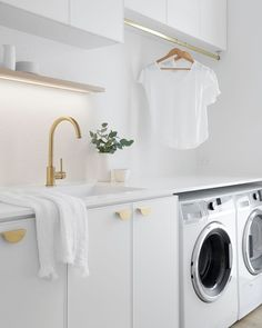 Disabled Bathroom, Made In Heaven, Laundry Room Design, Match Making, Cuisines Design, Home Reno, Interior Design Tips, Footprint, Simple Style