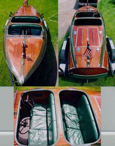 19' Barrel Back - Classic Wooden Boat