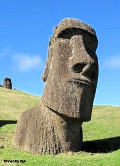 Moái, Easter Island, Chile