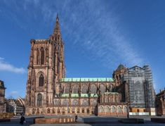 cattedrale di Strasburgo Alsace, Strasbourg Cathedral, Things To Do, Stuff To Do, Activities To Do, France Travel, Dom, Notre Dame, Around The Worlds