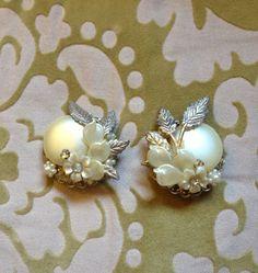 Vintage 40s Earrings by BarbeeVintage on Etsy, $11.00