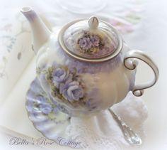 Bellas Rose Cottage: Tea for One...
