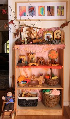 Nature Shelves by Marina Fotografia, via Flickr